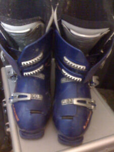 Lange Ski boots and Snow board bindings