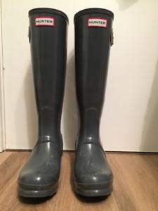 Women's Hunter rain boots- Size 6
