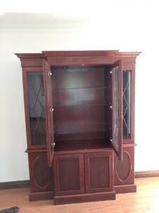 Wooden Showcase Cabinet for FREE