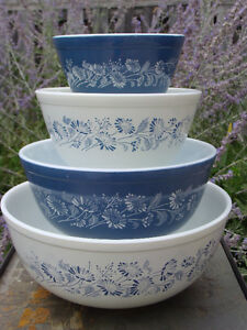 Vintage PYREX FIRE-KING FEDERAL BOWLS - GREAT CONDITION! London Ontario image 3