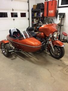 Harley flh side car