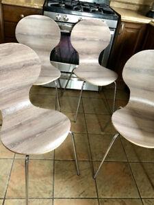 4 chaises de cuisine modernes