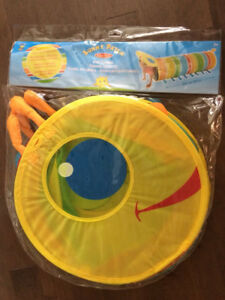 Brand New Melissa and Doug Sunny Patch Happy Giddy Tunnel