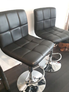 4 Leather High Chairs