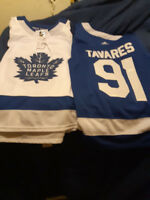 Sports Card and Memorabilia Show.. John Tavares Jersey Giveaway