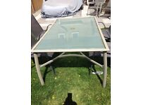 Swap 6 setting table want 4 setting table