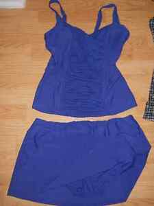 Maillots femme NEUF gr:10