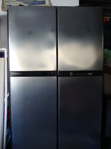 RV or Camp Refrigerator Norcold 2118SS  Propane  Electric