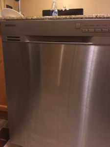 Fixed price - Samsung full stainless steel dishwasher (like new)