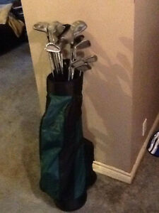 "Golf Set Including Bag, Balls, and bag of Tees-Men""s Right Hand"