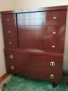 Men's solid oak dresser for sale