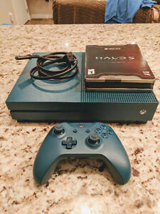 Xbox One S - 500GB w/ Halo 5: Guardians & Controller