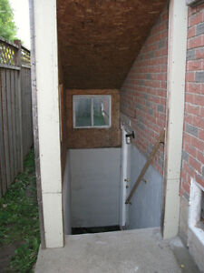 1 BRDRM Basement APT for Rent by Mississauga/Oakville
