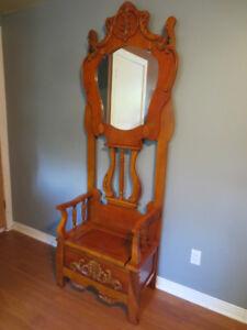 Qui aura la chance de posséder cette magnifique chaise???
