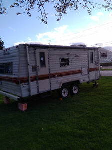 Great Condition 1988 Fifth Wheel Trailer