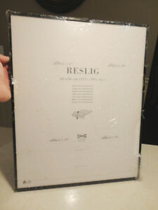 New Reslig Ikea 40cm x 50cm Black Framed Glass Photo Holder Kitchener / Waterloo Kitchener Area image 2