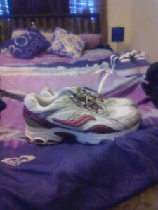 Women's brand name running shoes. Size 6-9.5