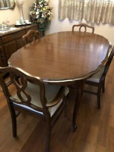 Vintage 1960 French Provincial Dining Room Set