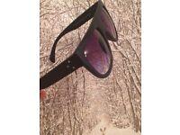 Black flat top round kim kardashian style sunglasses
