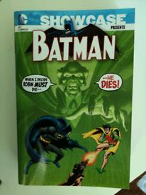 DC Showcase Batman Volume 6 (paperback)