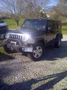 2010 Jeep  Rubicon Laugh At Winter Low Kms! Reduced price!