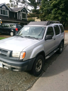 2000 Nissan Xterra very clean complete