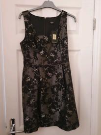 BNWT OASIS Dress Size 10