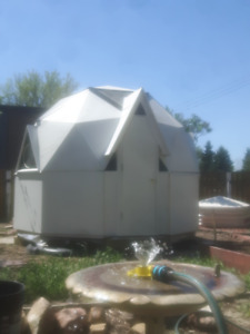 Totally Unique Tiny Geodesic Dome