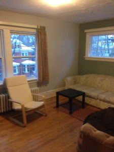 GORGEOUS 3 BEDROOM APARTMENT SOUTHEND CENTRAL HALIFAX