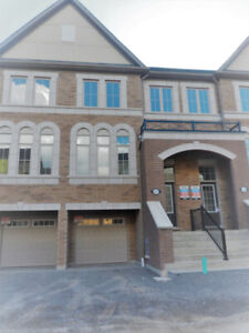 BEAUTIFUL 3-BDRM TOWNHOUSE FOR RENT - NORTH OSHAWA