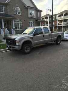 $19,900 2009 Ford F-250 Pickup-Truck 4x4 Super-Duty DIESEL 160km