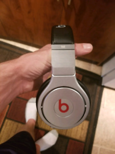 Beats by dre PRO edition