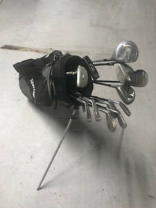 right handed golf set plus bag