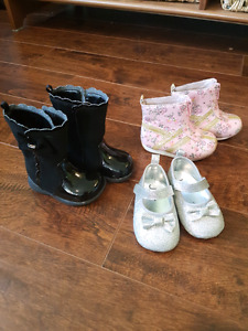 Girl's Toddler shoes/Boots size 2-3