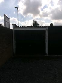 Lock up garage SM1 3PD