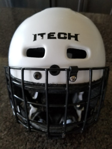 ITECH Youth Hockey Helmet with black cage