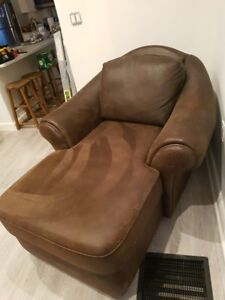 EUC Lounge Chair - PRICE DROP