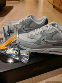 Select from A lot of concessions Nike Air Max 90 Leather SE