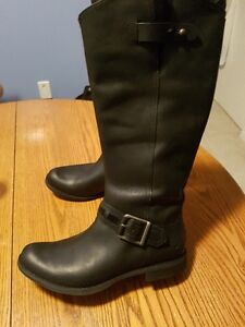 Timberland Leather boots Sz 11 = NEW !!!