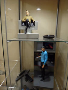 The Hollywood Collectibles Group Star Trek Statues