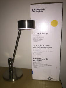 BNIB LED Desk /Table Lamp Brushed Aluminum 17 inch
