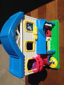 Fisher Price Little People House with Furniture
