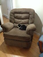 Big Man Reclining Chair-ONLY $20!
