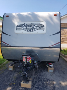 2015 KZ- SPREE ESCAPE - 196S  TRAVEL TRAILER