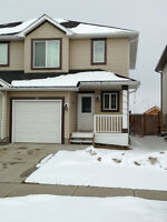 Sweet Fort Saskatchewan Duplex for Rent!