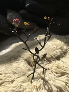 Pretty Jewelery Tree