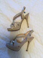 GUESS size 6.5