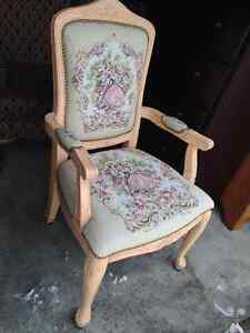 Beautiful Queen Ann Studded Vintage Arm Occasional Chair