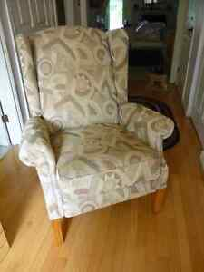 Lazy Boy reclining accent chair