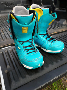 Rome SDS snowboarding boots